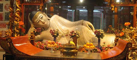 JadeBuddha Temple - on shownbylocals.com